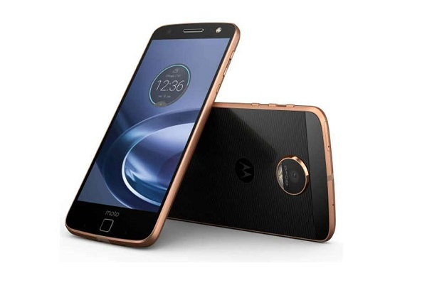 Moto Z3 - top mobile phones of 2018