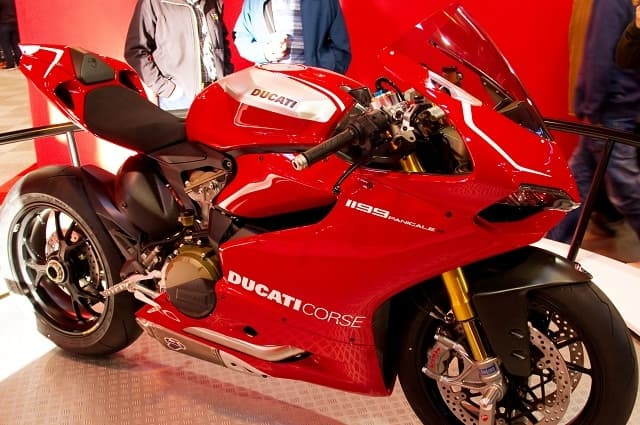 Ducati 1199 Panigale - Top Fastest Bikes