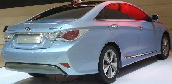 Hyundai Sonata Hybrid ( 2015