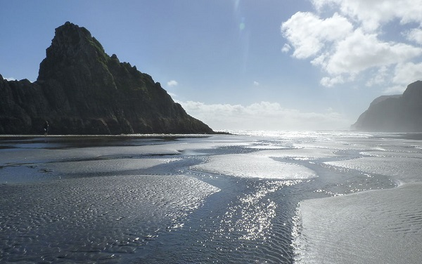 Karekare Beach - Best Beaches to Visit in Summer 2018