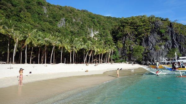 Seven Commandos Beach - Best Beaches to Visit in Summer 2018