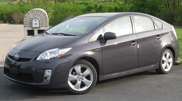 Toyota Prius ( 2010 )
