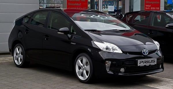 Toyota Prius ( 2013