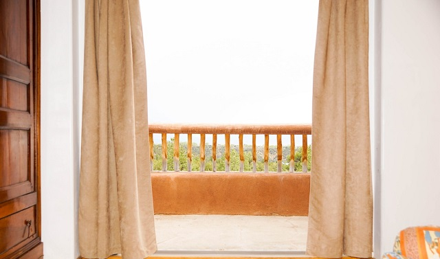 Lite Gold Curtain Designs