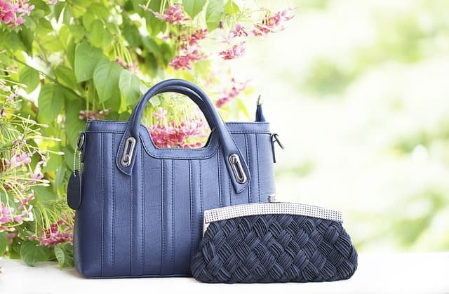 Ladies Bag - valentine' day gift ideas for girlfriend
