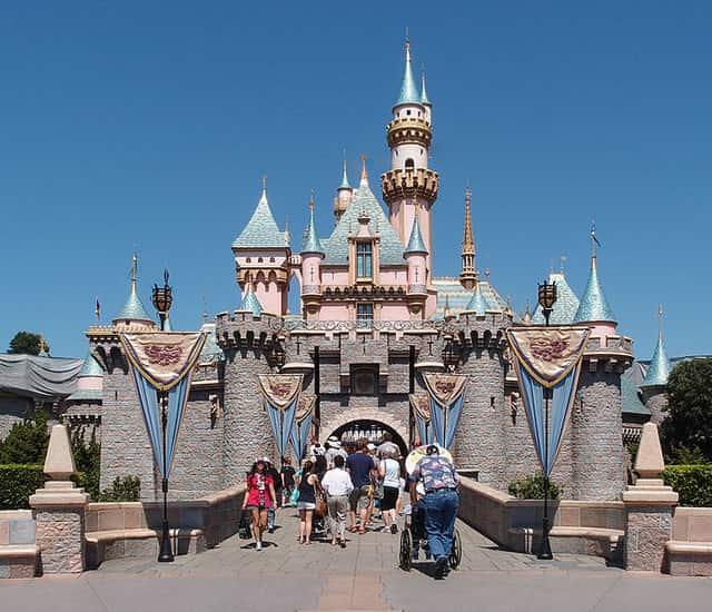Disneyland - famous places in paris