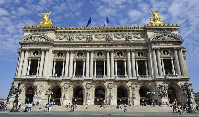 Palais Garnier - places to visit in paris at night
