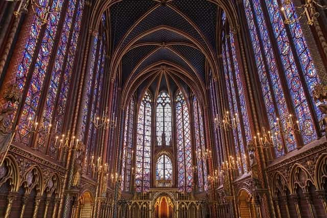 Sainte-Chapelle - relaxing things to do in paris