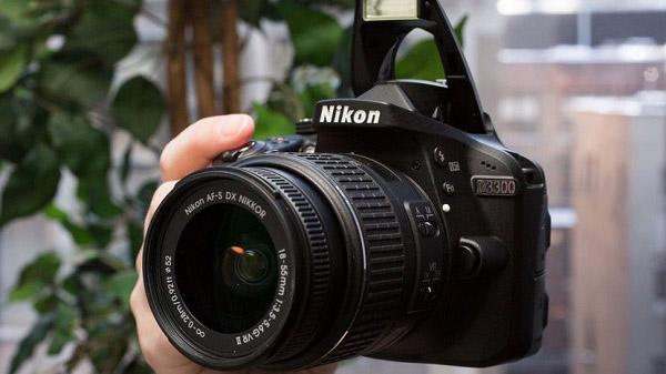 Nikon-D3300---Beginner-DSLR-Camera