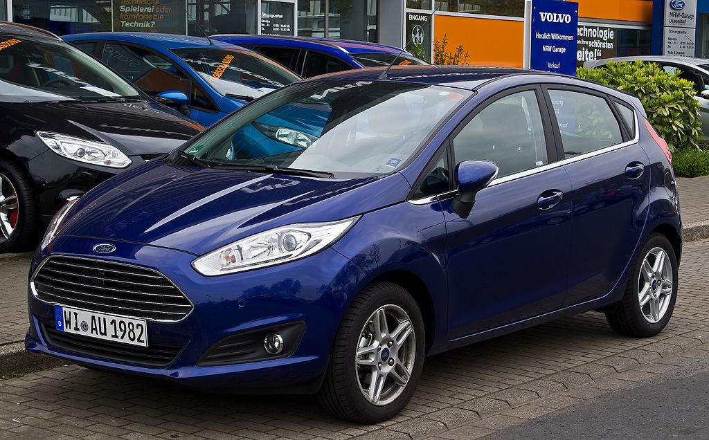 Ford Fusion Hybrid ( 2010 )