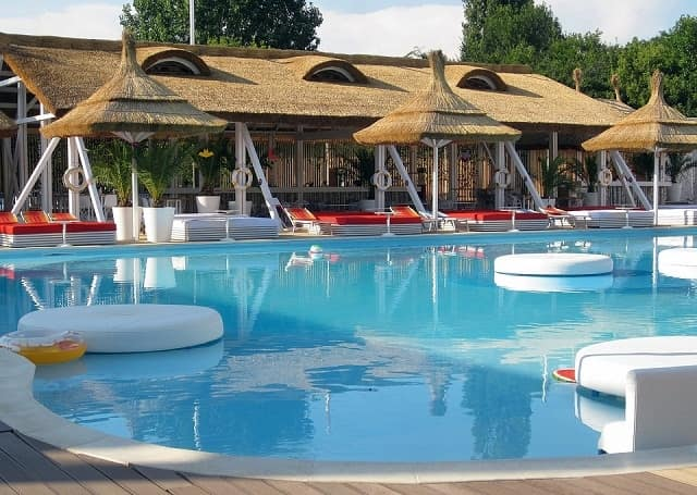 Beautiful Modern Swimming Pool Designs