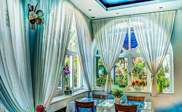 Shiny Room Curtain Decor