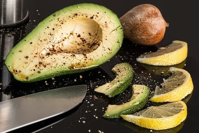 Avocadoes - foods cause acid reflux