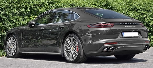 Porsche Panamera Turbo Executive - Luxury Cars Brands