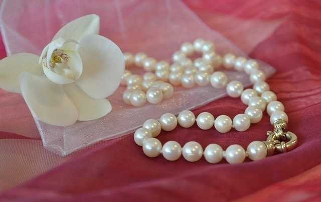 Necklace - awesome mothers day ideas