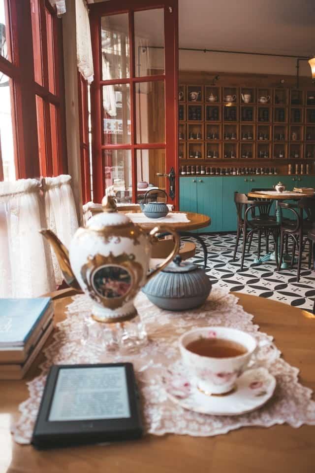 fancy Tea Kettle - awesome mothers day ideas