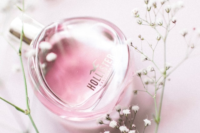 perfume- last minute mothers day gift ideas