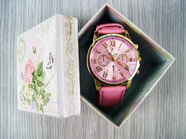 watch for girls - mothers day personalized gifts
