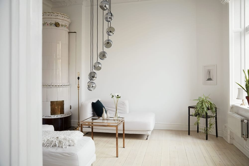 Simple White Living Room Wall Paint