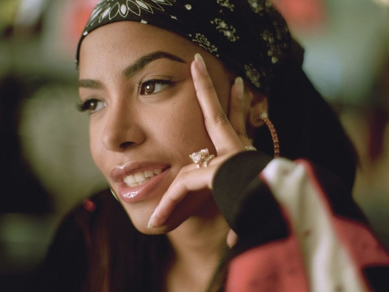 Aaliyah - most famous celebrities in the world