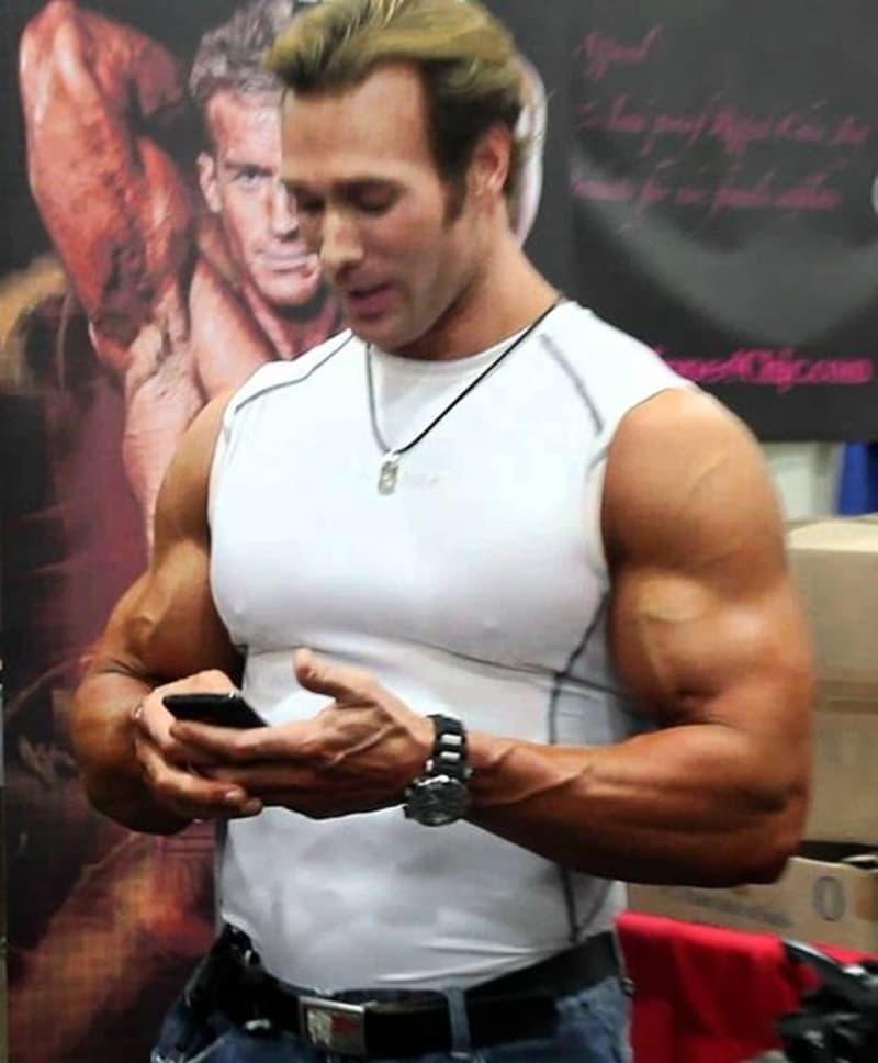 Mike O'Hearn- body builders net worth